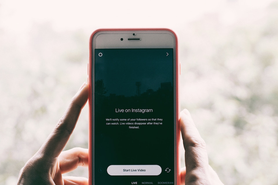 Instagram Story ads - Instagram live